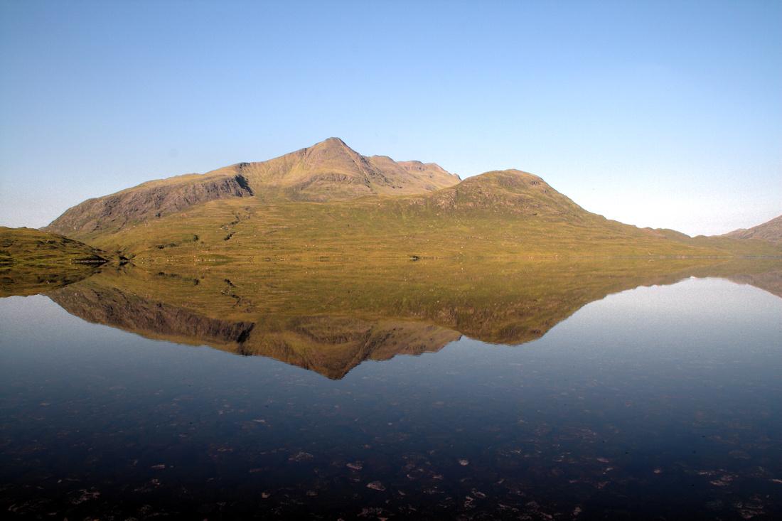 Slioch refelcted in Lochan Fada