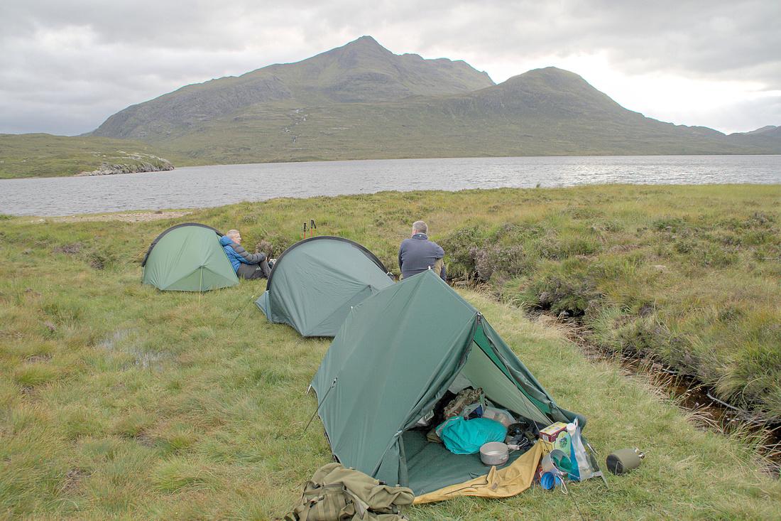 Wild Camping beside Lochan Fada